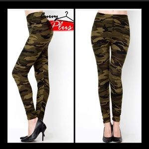 Pants - PLUS CAMO LEGGINGS